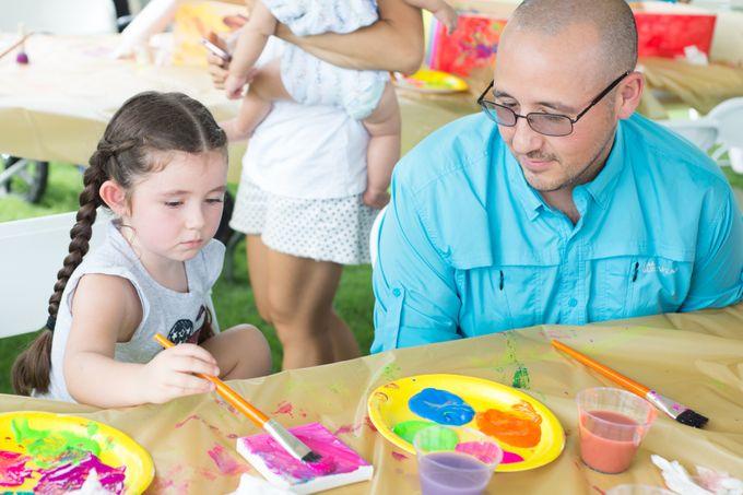 tennessee-honey-festival-family-art