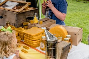 tennessee-honey-festival-honey-wax